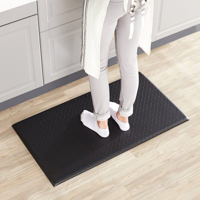 AmazonBasics Floor Mat