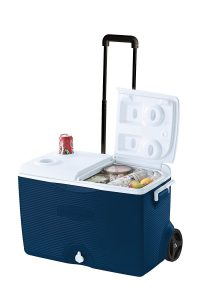 Ice-Chest-Wheeled-Cooler-from-Rubbermaid