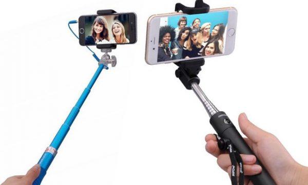 selfie-sticks